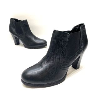 BOC born concepts women's black leather booties 10